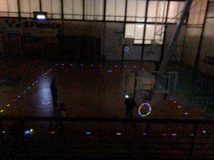 Actividad de educación física con luces